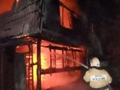Горят, как спички. За выходные в Сургуте горели 3 дачи и баня